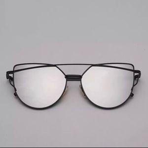 Accessories - Aviator Cat Eye Grey Mirrored Sunnies
